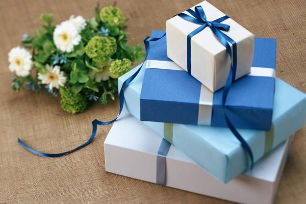 Подарки родителям от молодоженов на свадьбу 2