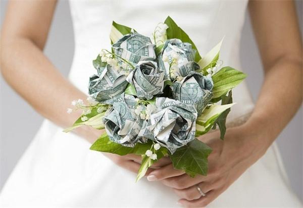 Подарок сотруднику на свадьбу